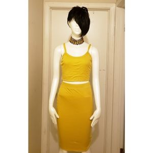 2 Piece Yellow Skirt and Tank top set size L